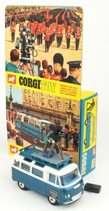 Corgi 479 commer camera van yy247