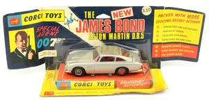 Corgi 270 james bond aston martin yy299