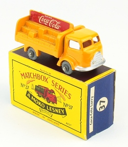 Matchbox no. 37 coca cola lorry yy344