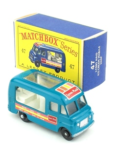 Matchbox 47 lyons maid yy346