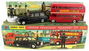 Corgi gift set 35 london passenger set yy357