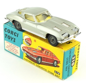Corgi 310 chevrolet corvette sting ray yy361