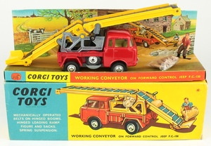 Corgi 64 working conveyor forward control jeep yy458