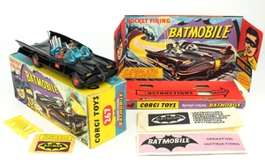 Corgi 267 batmobile yy571