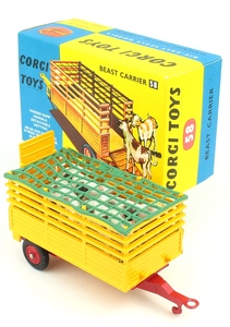 Corgi 58 beast carrier yy574