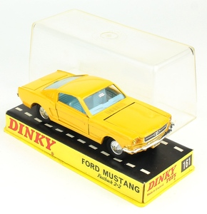 Dinky toys 161 ford mustang yy809